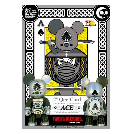 Figur Qee Card ACE Toy2R Geneva Store Switzerland