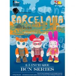 Figur Qee Barcelona Set by Pepa Reverter Toy2R Geneva Store Switzerland