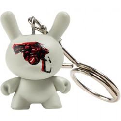 Figuren Dunny Gun 1981 Keychain von der Andy Warhol Fondation Kidrobot Designer Toys Genf