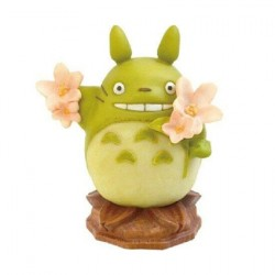Figur Studio Ghibli Totoro and Sakura Semic - Studio Ghibli Geneva Store Switzerland