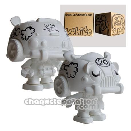 Figurine Carbot 20 à customiser par Steven Lee Steven House Boutique Geneve Suisse