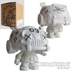 Figurine Carbot 03 à customiser par Steven Lee Boutique Geneve Suisse