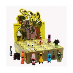 Figuren Speaker Family 2 Kidrobot Blindschachteln Genf