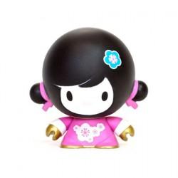 Figuren Baby Mei Mei Rosa von Veggiesomething Crazy Label Box öffnen Genf