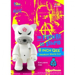 Figurine Qee Anarchy Cat White 20 cm par Frank Kozik Toy2R Boutique Geneve Suisse