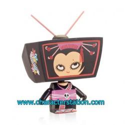 TV Head by Mizna Wada