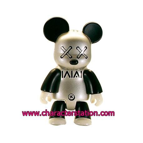 Figur Qee 2006 by Bros William Toy2R Geneva Store Switzerland