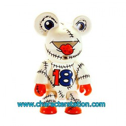 Figurine Qee 2004 par Joe Lo Blanc Toy2R Boutique Geneve Suisse